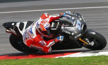 Por que a Ducati não coloca Casey Stoner para correr?