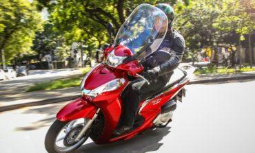 Honda lança versão 2017 do SH 300i