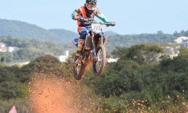 Carlos Campano domina a segunda etapa do Brasileiro de Motocross