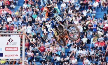 Carlos Campano segue na liderança do Brasileiro de Motocross
