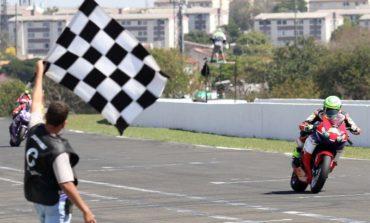 Eric Granado vence em Londrina pela categoria SuperBike Pro