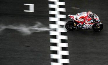 Andrea Dovizioso vence em Sepang e adia a decisão do título da MotoGP para Valência